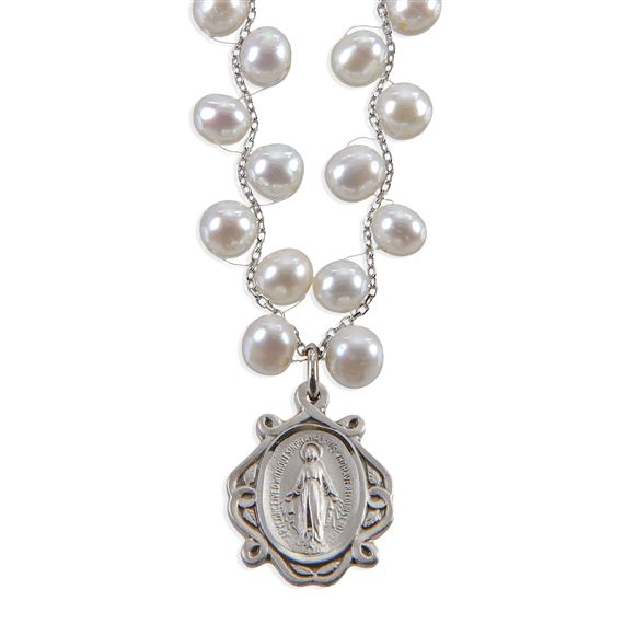 FRESH WATER PEARL MIRACULOUS MEDAL NECKLACE WITH BRAIDED CHAIN