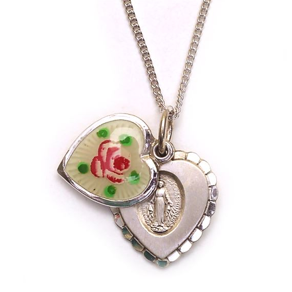 ROSEBUD HEART WITH MIRACULOUS MEDAL
