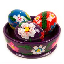 HAND-PAINTED EASTER BOWL WITH THREE EGGS